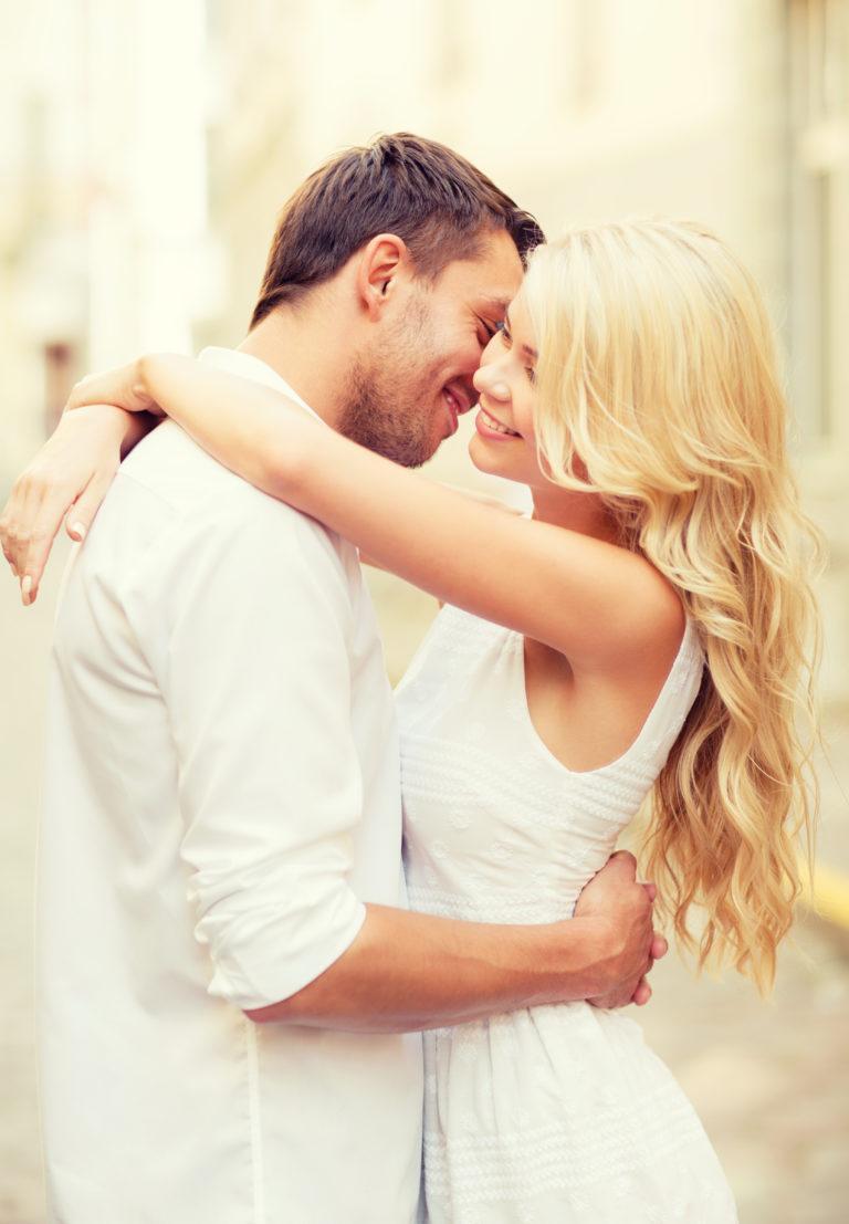 High-end singles flirting and hugging
